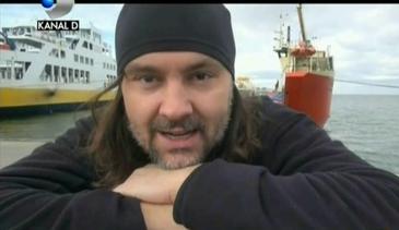 El este Robinson Crusoe de Romania. E primul roman care a facut turul celor mai mari sapte insule din lume