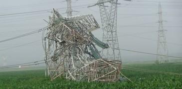 Fenomenele meteorologice extreme din Romania au nascut scenariul unui atac cu arme meteo! Specialistii sustin ca Rusia detine o astfel de tehnologie