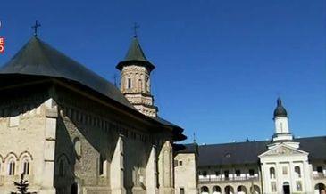 "Manastirea Neamt, denumita si ""Ierusalim al Ortodoxiei române"", uimeste prin frumusete si captiveaza printr-o istorie bogata"