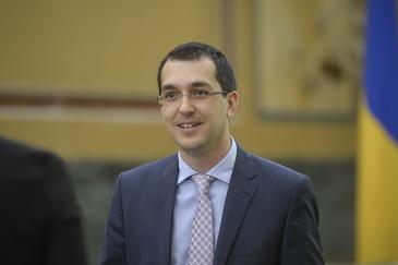 Vlad Voiculescu a dezvaluit daca a dat sau nu spaga in spital inainte de a ajunge ministrul Sanatatii