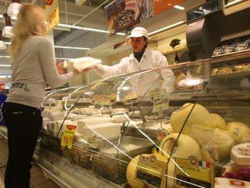 Bacteria E.coli, depistata in mai multe produse alimentare din mai multe judete
