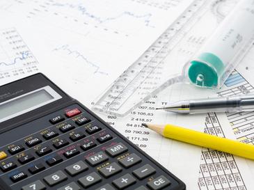 CCR a decis: Legea privind eliminarea a 102 taxe nefiscala este constitutionala