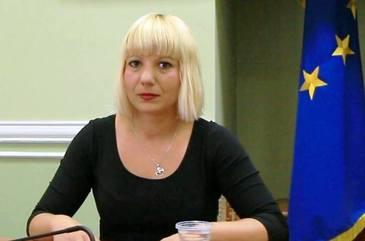 Exclusa din magistratura, celebra Camelia Bogdan nu detine case, masini sau alte bunuri! Judecatoarea are in conturi 50.000 de euro si a imprumutat o suma consistenta