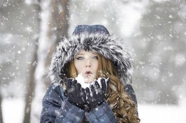 Se intorc ninsorile in mai multe zone din Romania - Vor cadea precipitatii moderate si ninsori puternice in zona de munte