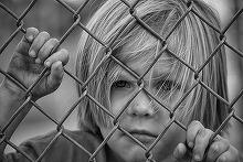 """Noi inregistrari in cazul educatoarei din Bucuresti care a traumatizat copii de gradinita: """"Da, le pun scotch la gura"""""""