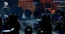 Ultrasii care au inceput violentele de la prostele din Piata Victoriei au fost eliberati. Doar un singur huligan a fost arestat preventiv, restul sunt sub control judiciar