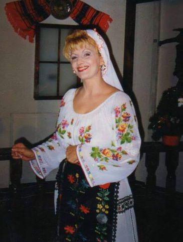 Langa cine va fi inmormantata Ileana Ciuculete! Locul de veci al indragitei artiste este langa un fost mare admirator al muzicii ei, o personalitate a Rapidului!