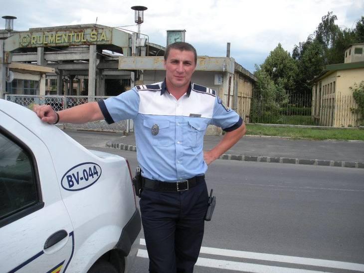 """Marian Godina si-a publicat fluturasul de salariu pe Facebook: """"Se temeau unii ca politistii au salarii nesimtite"""""""