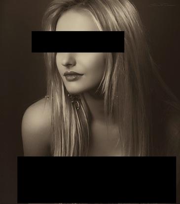Constanta: Un barbat a fost arestat pentru ca santaja tinere de la care obtinea poze nud. Acesta pretindea ca lucreaza la o agentie de modelling