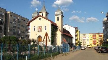 Scandal intre constanteni pe tema ridicari unei biserici intre blocuri