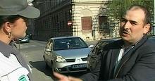 A gasit pe strada un portofel plin cu bani si l-a dus la politie. Ce a cerut drept rasplata aradeanul. A lasat masca pe toata lumea