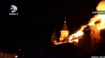 Zeci de oamenii au ramas fara adapost de Paste. Incendiul devastator din Gura Humorului a ars locuintele a opt familii