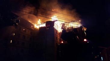 Incendiu in Constanta. 40 de persoane au fost evacuate dintr-un bloc