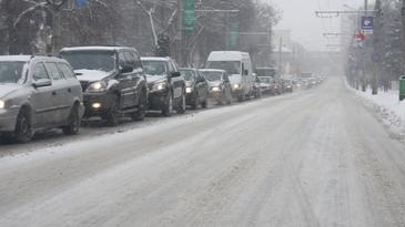 Iarna de aprilie face ravagii in Romania: Trafic inchis pe A1 si pe mai multe drumuri nationale