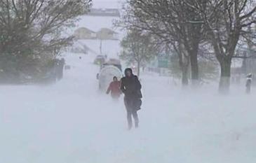 Ciclonul venit din Rusia a facut dezastru in Moldova. Judete intregi sunt acoperite de nameti