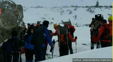 """Ce spun salvatorii din Retezat despre operatiune de salvare a celor sapte alpinisti surprinsi de avalansa. """"Cand i-am gasit, erau debusolati total"""""""