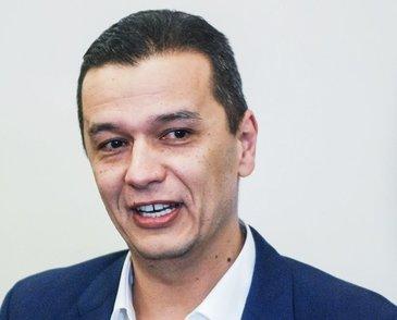 De ce si-a scos Sorin Grindeanu alunitele de pe gat! Boala de care sufera premierul