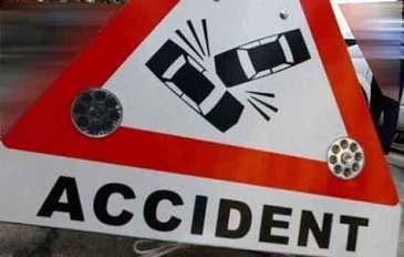 Un microbuz cu 17 turisti romani, implicat intr-un accident in Austria. Soferul a fost izbit de pe contrasens