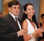 """DEZVALUIRI Dialogul halucinant de la priveghiul Madalinei Manole! """"Nu este ea de vina. Nu este Mada de vina! O sa se afle in curand!"""" Carmen Radulescu sustine ca a avut acest schimb de replici cu Petru Mircea!"""