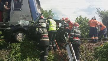 Ministerul Transporturilor aloca bani pentru schimbarea semnalizarii trecerii la nivel cu calea ferata unde au murit patru frati