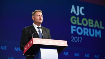 Presedintele Klaus Iohannis a promulgat Legea salarizarii unitare