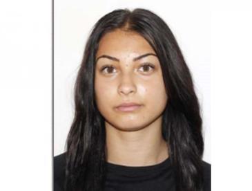 Tanara de 17 ani din Targu Jiu, cautata cu disperare. Ionela a plecat ieri dimineata la cursuri, iar de atunci nimeni nu a mai vazut-o