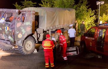 Camionul militar cazut in rapa era o rabla care a ramas fara frane. Armata mai are vreo 700 asa