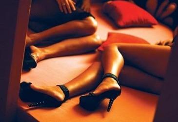Minore cu varste cuprinse intre 15 si 17 ani, exploatate sexual intr-un salon de masaj erotic din Iasi