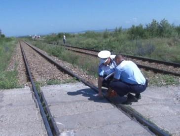 Un barbat din Satu Mare a fost spulberat pe calea ferata de un tren