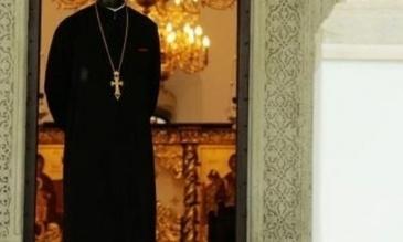 Un preot din Arges, gasit mort in mijlocul strazii dupa ce a impartasit o femeie
