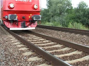 S-a aflat motivul sinuciderii femeii care s-a aruncat in fata trenului la Branesti! Mama tinerei a marturisit totul
