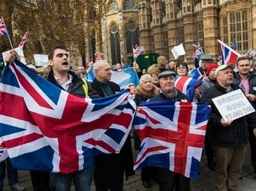 Panica in Marea Britanie! 100 de cetateni ai UE au primit scrisori de la guvern, in care sunt amenintati ca vor fi expulzati intr-o luna