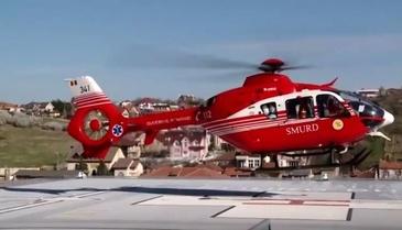 Turista cazuta intr-o zona periculoasa a Masivului Fagaras. Un elicopter SMURD este pregatit sa intervina pentru salvarea femeii
