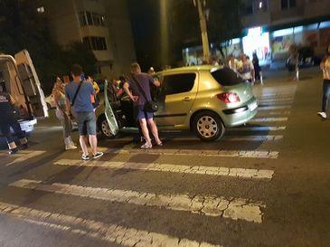 Scandal-monstru in plina noapte, la Constanta: Bataie cu bate pe strada dupa ce o soferita a lovit doi pietoni care traversau regulamentar