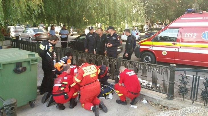 Scene de groaza in Bucuresti! Un copil si un adult, cazuti in Dambovita! Scafandrii au intervenit de urgenta