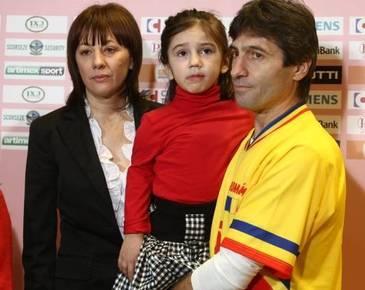 Drama din viata familiei fotbalistului Iosif Rotariu continua. Fiul lor are grave probleme de sanatate din cauza diabetului