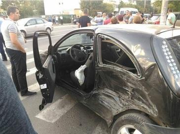 O asistenta a murit intr-un accident de masina cumplit. Era atat de tanara...