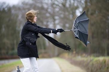 Atentionare de vreme rea - Ce urmeaza sa se intample in cateva judete din Romania? Vantul va atinge viteze foarte mari