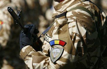 Sinucidere invaluita in mistrer. Militar din Buzau, gasit spanzurat in subsolul blocului. Barbatul a lasat in urma lui o fetita de 5 ani