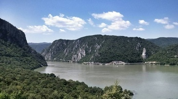 A fost gasit trupul fetitei de trei ani care se afla in masina cazuta in Dunare
