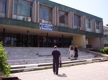 Situatie incredibila intr-un spital din Craiova. A mers sa faca o radiografie si dupa cinci ore a primit un raspuns incredibil - Asta e situatia penibila in care se afla sistemul medical romanesc in 2017