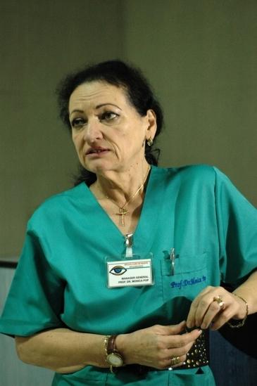 """Monica Pop, revoltata de cazul parintilor din Iasi care si-au condamnat fetita la moarte, pentru ca nu vor sa-i lase pe medici sa o opereze! """"Fetita va muri in chinuri"""""""