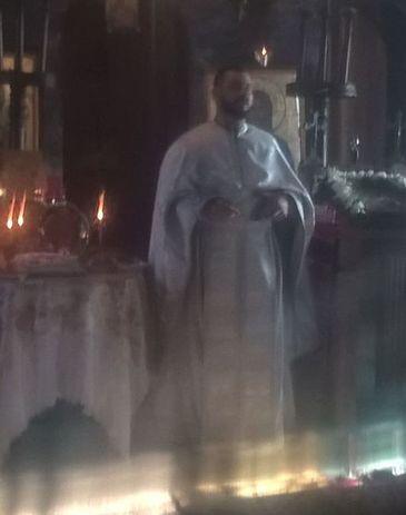 Asa arata mormantul preotului din Grindeni care s-a sinucis la 40 de ani! Locul de veci al lui Silviu Neagu este la marginea cimitirului FOTO
