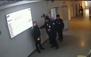 Scandal la Spitalul Judetean Botosani. Un paznic a fost lovit de ruda infuriata a unui pacient