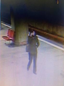Ea este CRIMINALA care a ucis o tanara INSARCINATA la metrou! Are 36 de ani si a fost PRINSA de politisti