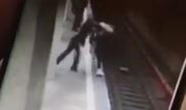 STS a sesizat Parchetul Militar in cazul operatoarei care a preluat apelul la 112 privind tentativa de omor de la statia de metrou Costin Georgian