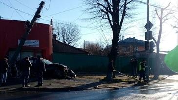 O ambulanta a fost implicata intr-un accident rutier, in Galati. Un copil de 11 ani a fost ranit usor
