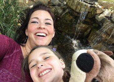Mama si fiica, gasite moarte in casa in noaptea de Anul Nou