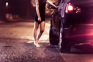"O prostituata a nascut, iar dupa 30 de minute politistii au gasit-o AICI. ""Atat de disperate sunt"" - Ce s-a intamplat te va ingrozi"