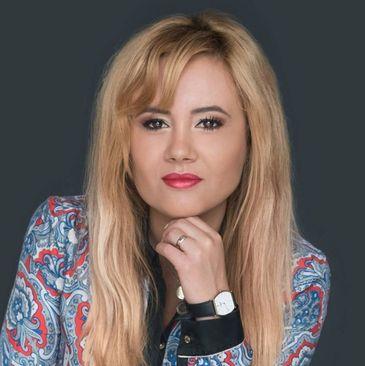Clipe de groaza pentru o jurnalista din Bucuresti! A fost terorizata de un barbat drogat si plin de sange